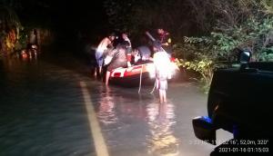 Evakuasi Banjir walhikalsel